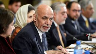 Afganistan 2 yabancı öğretim görevlisi karşılığında 3 Taliban üyesini serbest bıraktı