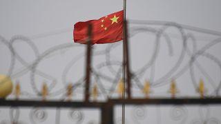 """Dünya Bankası, """"Müslümanlara baskı"""" suçlamasının ardından Uygur bölgesine yapılan yardımı azaltıyor"""