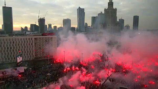 Tízezrek a lengyel függetlenség menetén