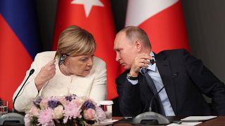 Különleges státuszt biztosítana Merkel és Putyin az ukrán szakadár területeknek