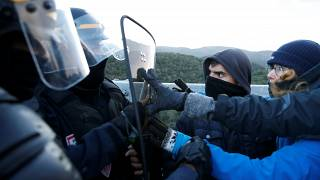 Feloszlatták a katalán szakadárok blokádját a spanyol-francia határon