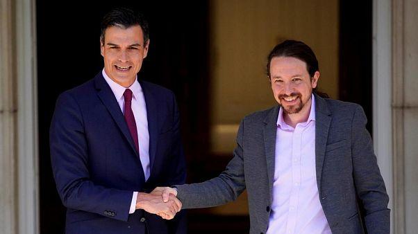 Pedro Sanchez ve Pablo Iglesias
