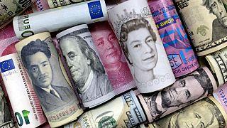 بازار صعودی ارز در آبان ماه؛ دلار هر روز کاری ۲۸.۵ تومان گران شد