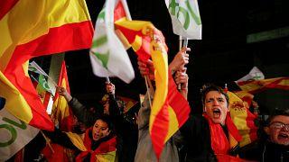 Partidarios de Vox celebrando el resultado electoral