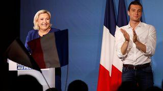 زعيمة التجمع الوطني اليميني المتطرف في فرنسا مارين لوبان ونائبها جوردان بارديلا