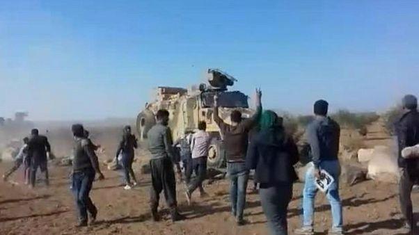 نیروهای گشتی ترکیه در کوبانی به سوی معترضان کُرد آتش گشودند