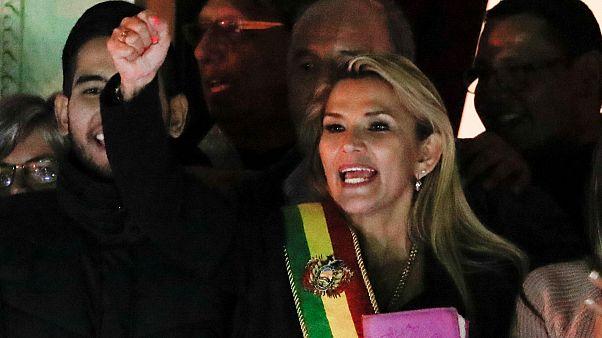 Βολιβία: Κεντροδεξιά γερουσιαστής πρόεδρος στη θέση του Μοράλες