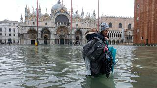 Une marée historique a inondé Venise