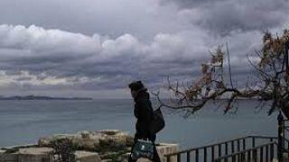 Σαρώνει η «Βικτώρια»-Σε Κέρκυρα και Κρήτη τα περισσότερα προβλήματα
