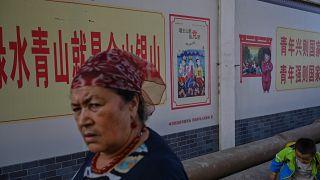 نشطاء: الصين لديها 500 معسكر وسجن لاحتجاز مسلمي الأويغور