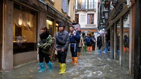Watch live: Venice flooding at historic levels during high tide