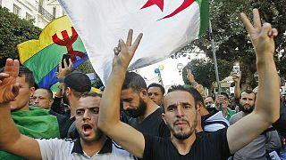 الجزائر: التهمة واحدة والأحكام مختلفة بخصوص الراية الأمازيغية من محكمة لأخرى
