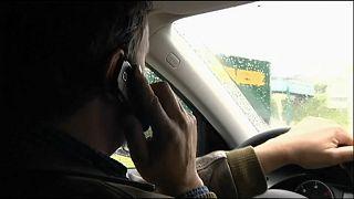 Portugueses são mau exemplo no uso de telemóvel ao volante