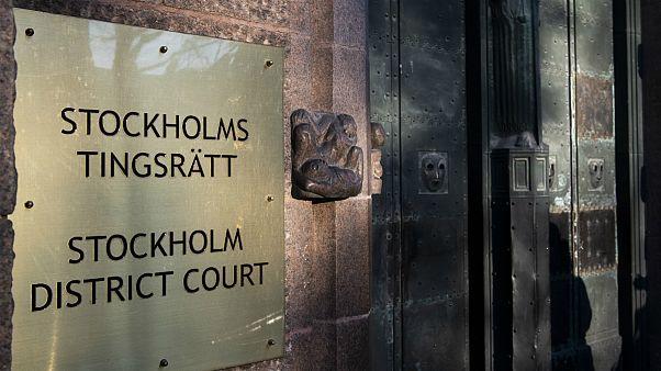دادگاه سوئد بازداشت یکی از مظنونان اعدامهای سال ۶۷ در ایران را تمدید کرد