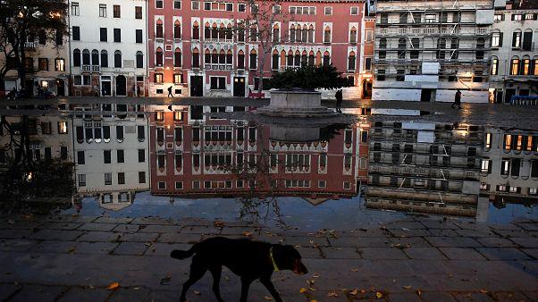 Veneza está inundada