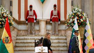 Bolivya'nın yeni Devlet Başkanı Anez: İncil, Saray'a geri döndü