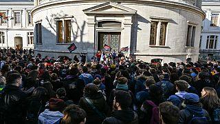 واکنشها به خودسوزی یک دانشجو در فرانسه؛ پردیس دانشگاه لیون۲ به اشغال معترضان درآمد