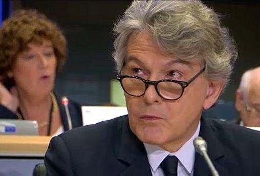 Megszavazták a francia biztosjelöltet