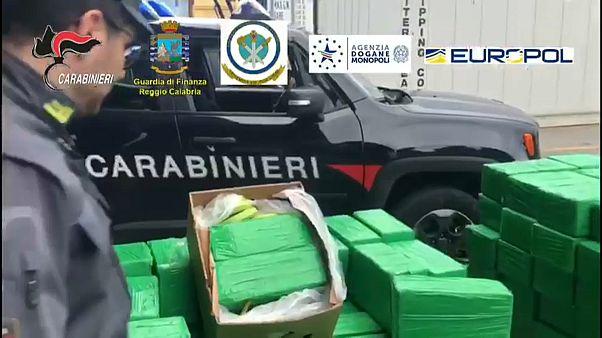 1,2 Tonnen Koks in Kalabrien beschlagnahmt