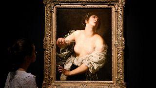 "Artemisia Gentileschi'nin ""Lucretia"" adlı tablosu"