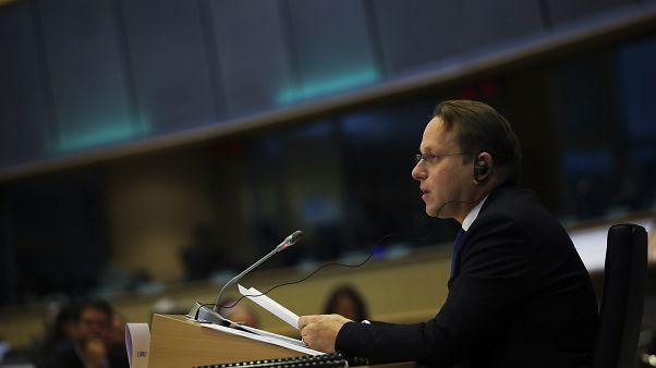 Várhelyi Olivér magyar biztosjelölt az EP szakbizottsági meghallgatáson
