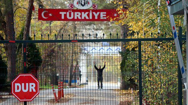 Διεθνή Πρακτορεία: Στις ΗΠΑ απελαύνει η Τουρκία τον φερόμενο ως τζιχαντιστή της «νεκρής ζώνης»
