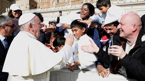 A pornóoldalak veszélyeiről beszélt Ferenc pápa