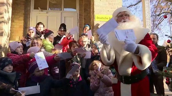 Дед Мороз: пишите письма