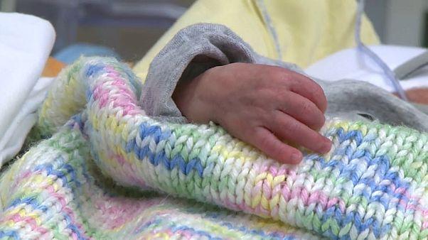 350 gram doğan prematüre bebeği hayata tutunmayı başardı