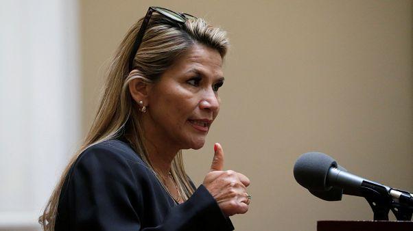 بوليفيا تعترف بغوايدو رئيسا لفنزويلا