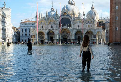 Italy to resume unfinished barrier project that could have stopped Venice floods