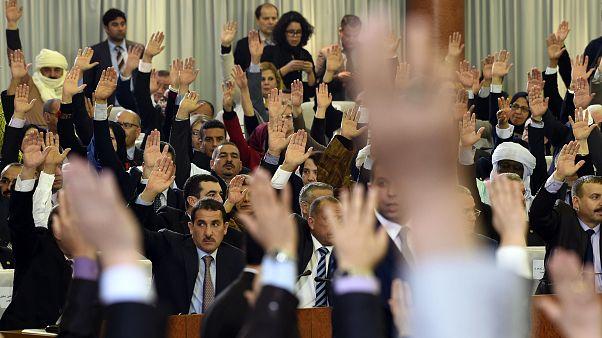 مجلس النواب الجزائري يصادق على قانون جديد للمالية يسمح باللجوء إلى التمويل الخارجي