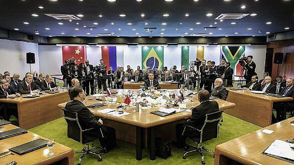 Οι BRICS καταδικάζουν τον προστατευτισμό