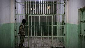 خلاف بين الولايات المتحدة وأوروبا بشان مصير الجهاديين المعتقلين في سوريا