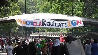 Venezuela, Guaidò torna in piazza