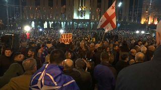 Proteste in Tiflis: Wahlrechtsreform für 2020 im Parlament gescheitert