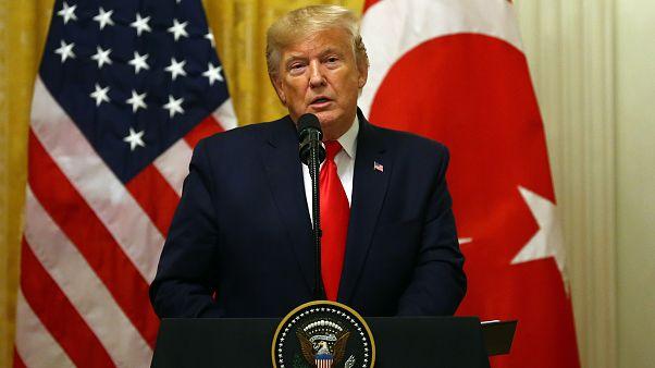 Trump, Amerikan askerlerinin Japonya'da kalabilmesi için Tokyo'dan 8 milyar dolar talep etti