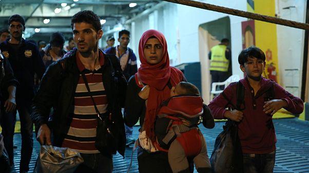 Danimarka, para vererek göçmenleri ülkelerine geri gönderiyor