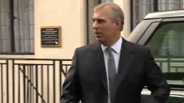 "Le prince Andrew n'a ""aucun souvenir"" de son accusatrice"