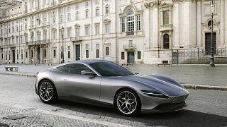 Ferrari 812 Superfast'ın yeni versiyonu 812 GTS'i tanıttı