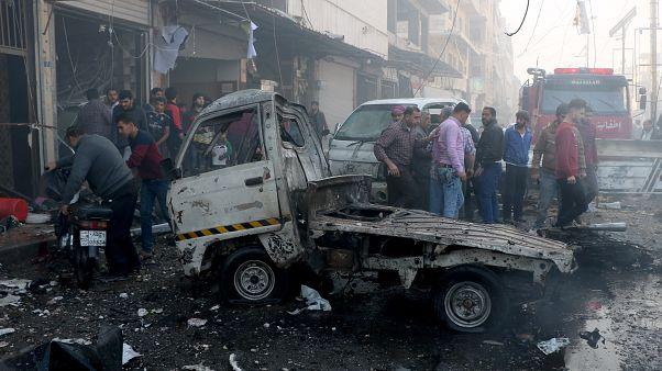 Suriye'nin Bab ilçesinde meydana gelen bombalı saldırıda en az  18 sivil hayatını kaybetti