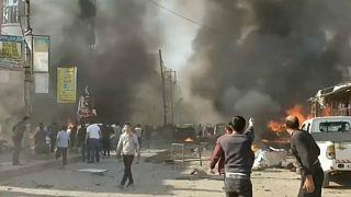 لحظاتی پس از انفجار خودروی بمبگذاری شده در شهر مرزی الباب سوریه