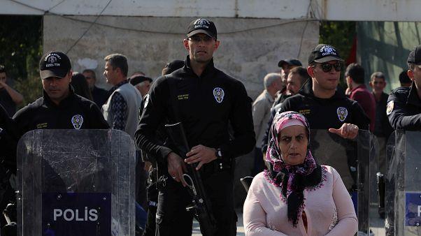 تظاهرات هواداران حزب دموکراتیک خلقهای ترکیه در دیاربکر
