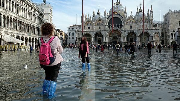 Die Flut hält an: Venedig bereitet sich auf neue Unwetterwarnungen vor