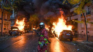 Fransa'da son 6 yıl içinde 900 otomobili ateşe veren saldırgan yakalandı