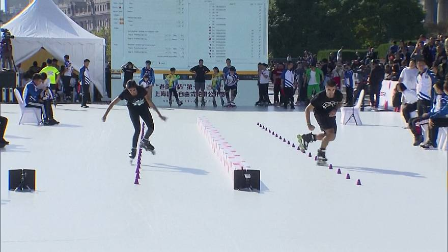 В Шанхае прошел чемпионат по фристайл-слалому