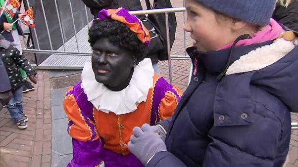 Pays-Bas : Père Fouettard ne fait plus rire