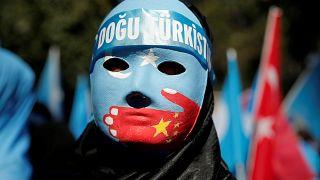 Egy kiszivárgott irat szerint, táborokban nevelik át a muszlimokat Kínában
