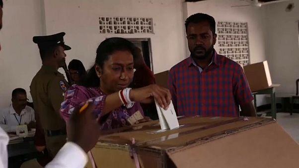 Sri Lanka: A volt védelmi miniszter nyerte az elnökválasztást