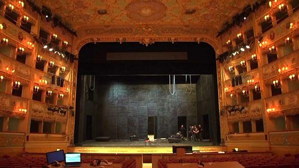 Beázott a velencei operaház